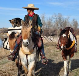 Bernice herself, Essie Pearl (her pack horse), Honor (her riding horse), & Claire the Canine